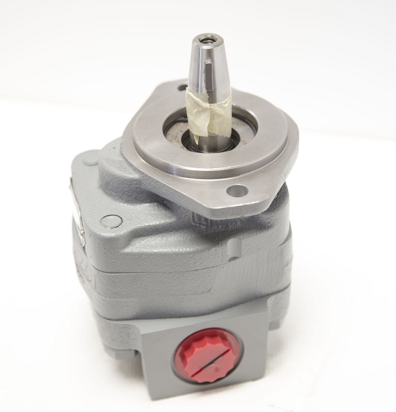 720201 - 9 Gallon Side Port Pump