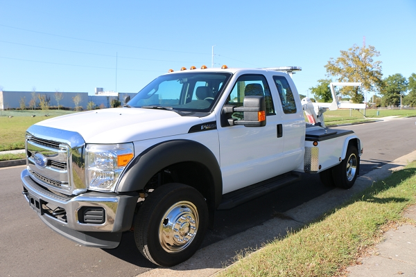 2016 Ford F450 Ext Cab w/ 701 BDW