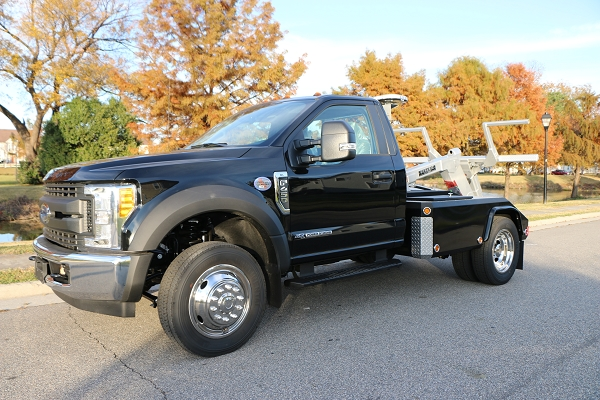 NEGATIVE TILT!! 2017 Ford F-450 w/ Dynamic 701 BDW with Negative Tilt